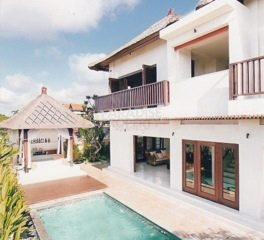 Modern Villa on 2500m2 Freehold Land with Amazing Views