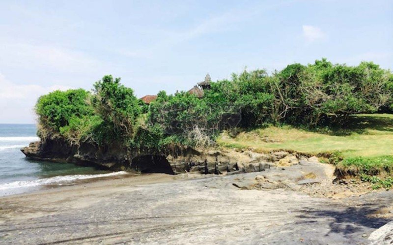 Absolute Beachfront Land in Beraban – Tabanan