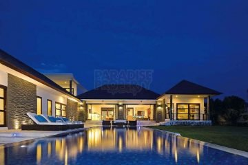 40 Year Lease – 13,5 Are –  Magnificent Villa Only 800 M From Canggu Club