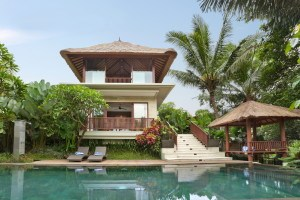 Luxurious 2 Bedroom Freehold Villa in a Villa Complex 20 Minutes from Ubud – Beautiful Rice Field Views