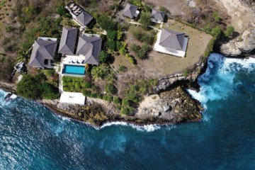 Premium Clifftop Resort on Nusa Lembongan