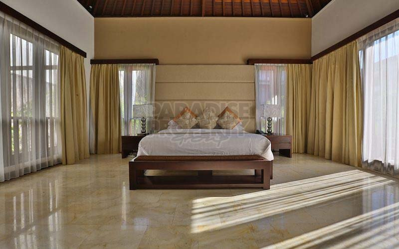 Luxurious 6BR villa in the heart of Kuta