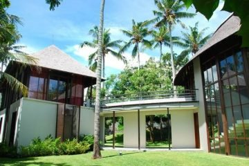 Freehold Villa In Canggu 200 Meter To The Beach With Some Ocean Views