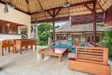 Exclusive Pool Villa Boutique Hotel for sale