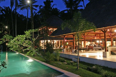 Outstanding Luxurious 5 Bedroom Villa  South of  Ubud