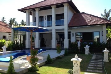 Walking Distance to The Beach 3 Bedroom Villa in Jasri Beach, East Bali