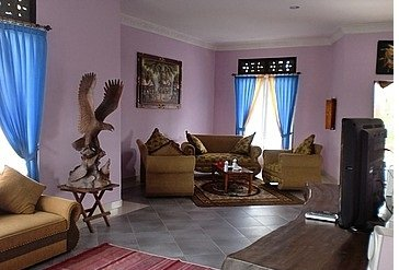 4 Bedroom House With Shop and Rice Field Views in Saba – Gianyar
