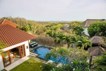 Freehold Stylish 3 Bedroom Villa with Jimbaran Bay Views