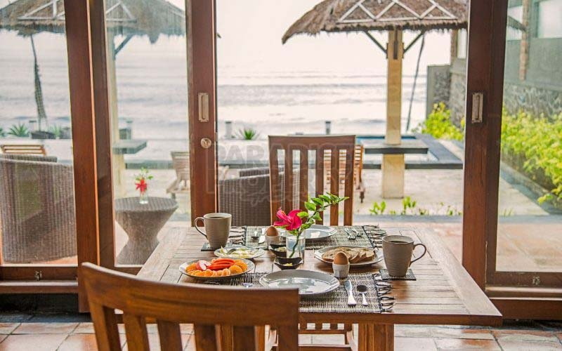 7 Bedroom Absolute Beachfront Freehold Villa in Balian