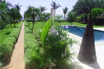 Amazing Villa Beachfront Freehold In Kalisada Seririt