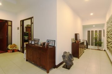 Walking Distance Beach Villa for Sale in Sanur
