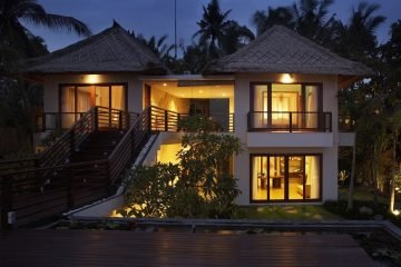 Beautiful Beachfront Villa for Sale