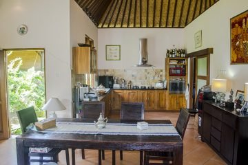 Freehold 3 Bedroom Villa Under Market Value in a Nice Neighbourhood