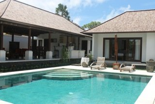 Freehold Villa in Jimbaran Just 5 Minutes Away Walking to The Beach