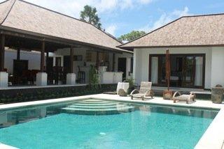 Freehold Villa in Jimbaran Just 5 Minutes Away Walking to The Beach