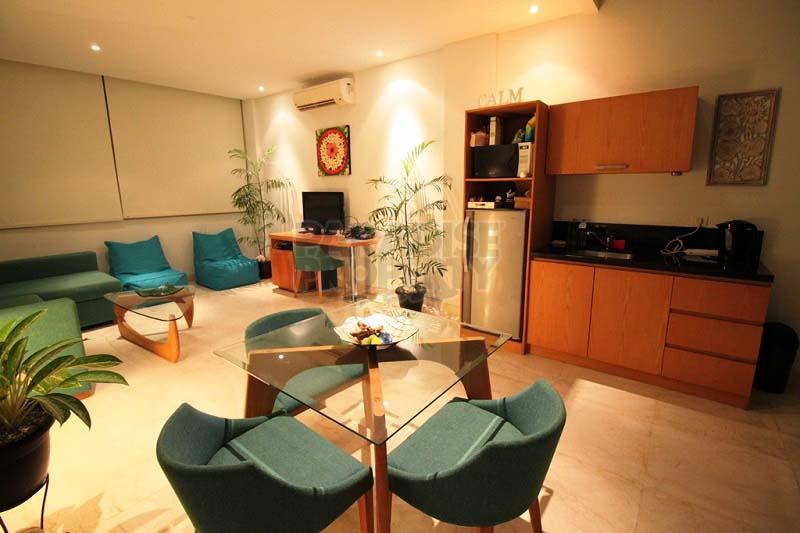 Modern Mezzanine Studio Apartment - Unlimited Stay