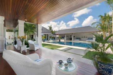 Super Luxury 6 Bedroom Villa In Bali's Number 1 Location