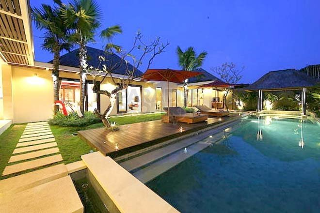 Amazing 3 Bedroom Villa In Oberoi – Heart Of Seminyak – 350 Meters To The Beach