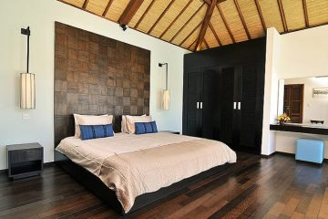3 and 2 Bedrooms Villa in the heart of Seminyak