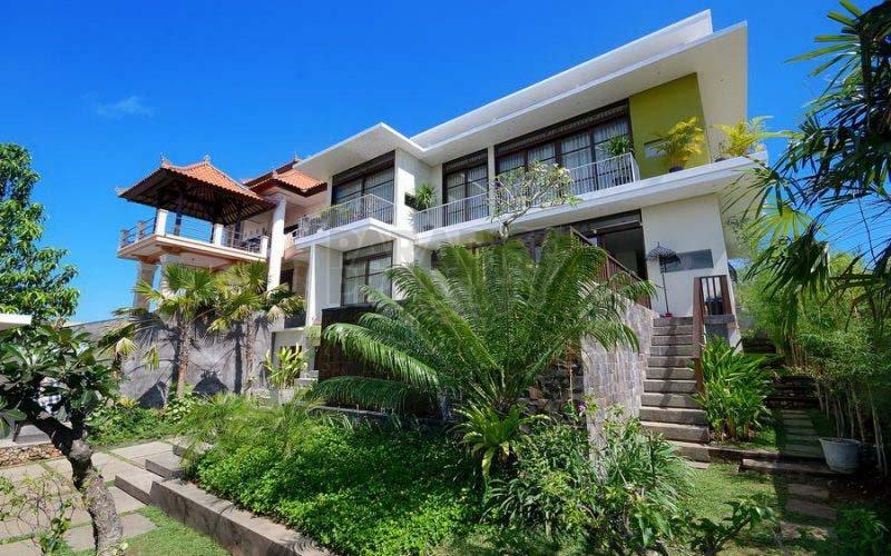 3 Bedroom Villa With Nice Beach View in Jimbaran