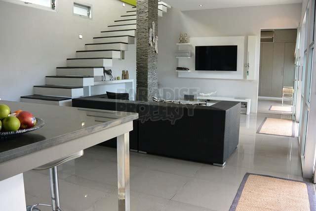 2 Interconnected Villas Freehold  Prime Location Berawa Canggu