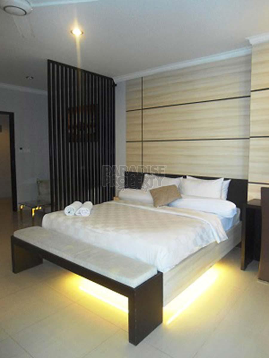 Modern Minimalist 1 Bedroom Studio Apartment - KUTA