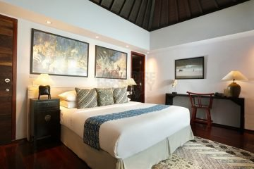 Super Luxury 2 Villas with 5 Bedrooms in Luxury Estate at Prime Location in Seminyak