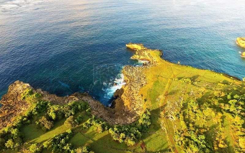 Superior 1100m2 Vacant Land Located On The Northern End Of Nusa Ceningan