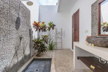 Price Reduction!!! 2 Bedroom Villa Close to the Beach With Pondok Wisata