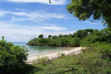 4 Hectare Freehold Beachfront Land for Sale in Lombok