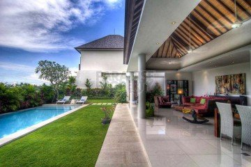 Stunning 4+1 Bedroom Villa in Canggu – Rental Price Reduced!