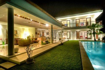 Stunning 4+1 Bedroom Villa in Canggu