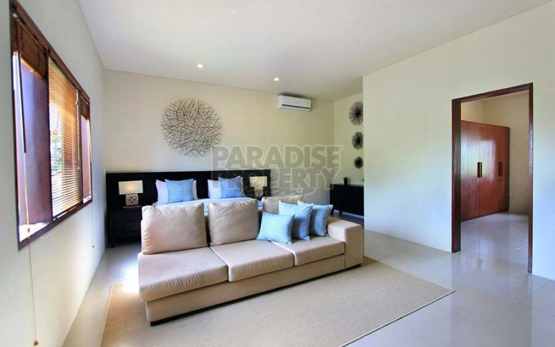 Modern 4 Bedroom Villa Rental in Gated Estate, Sanur