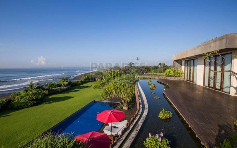 Can foreigners buy property in Bali?