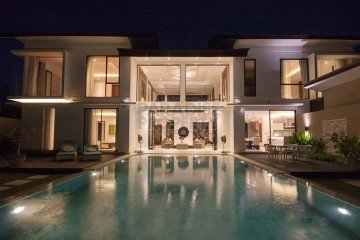 MOTIVATED SELLER !!! Stunning 4 Bedroom Luxury Villa in Nyanyi – Tabanan