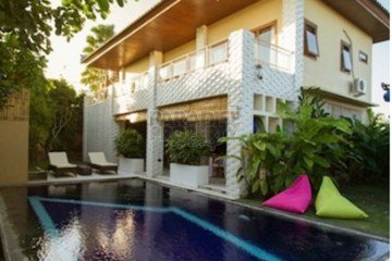 Spacious 7 Bedroom Villa Walking Distance to Pererenan Beach With Pondok Wisata