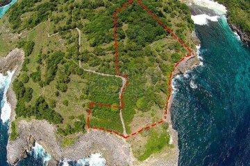 Dijual Tanah Spektakuler Seluas 12.950m2 Tepi Tebing Di Nusa Ceningan