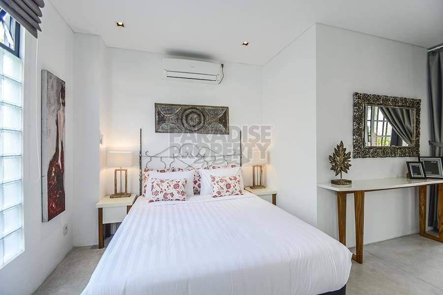 Spacious 2 Bedroom Designer Eco Apartment In Central Seminyak