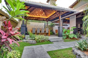 3 Bedroom Villa leasehold for 13 years in Central Seminyak with Pondok Wisata