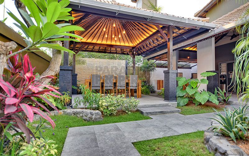 3 Bedroom Villa leasehold for sale in Central Seminyak with Pondok Wisata