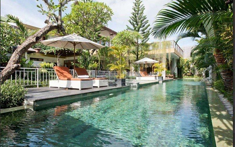 Stunning 5 Bedroom Villa for Yearly Rent in Kerobokan Area