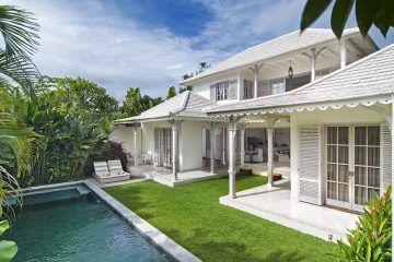 Dijual Villa Liburan di Seminyak. 500m Dari Pantai