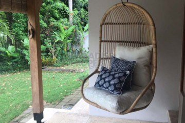 3 Bedrooms Villa available for Long Term Rental
