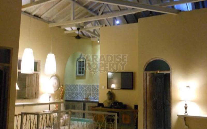 Freehold 3 Bedroom Pool Villa 5 minutes from Seminyak