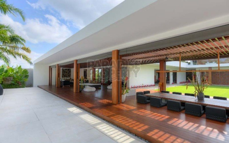 The Finest Most Luxurious Stylish Villa Investment in Bali