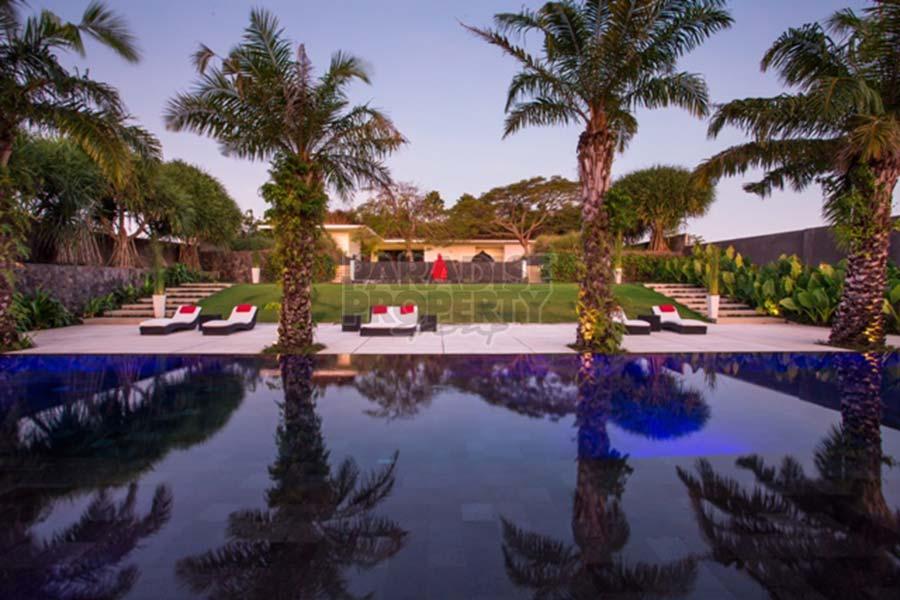 Bitcoins buy a villa in bali seminyak x factor betting odds comparison