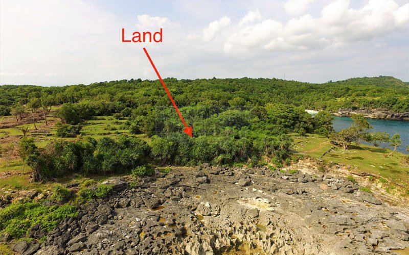 Exceptional 1570m2 Clifftop Land With Own Cove On the Island Of Nusa Ceningan