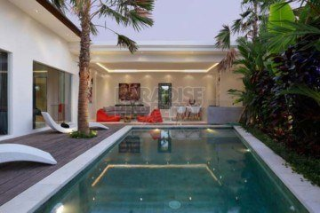 Modern 2 Bedroom Villa in Seminyak