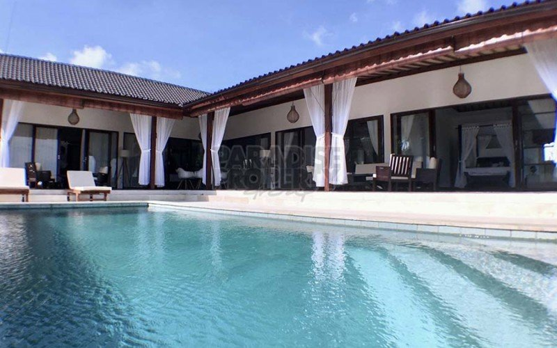 Beautiful New 4 Bedroom Villa – Close to Ubud Center – Leasehold