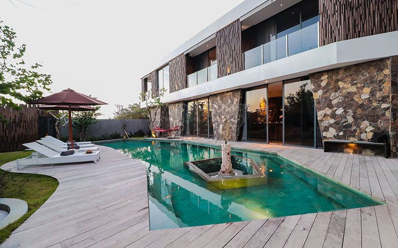 Ultra Modern, Stylish And Chic, Architect Designed, Private 2 Level Luxury Villa At Balangan Beach